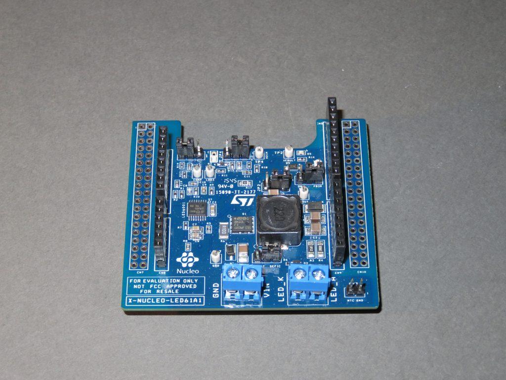 Fot. 1. Shield X-NUCLEO-LED61A1