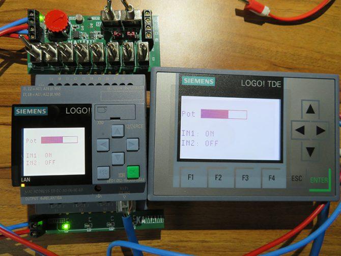 Fot. 7. Efekt działania programu na wyświetlaczach LOGO! i panelu